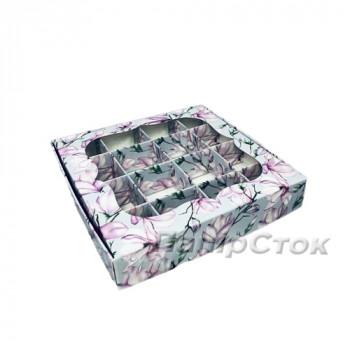 Коробка под пряник Магнолия 150х150х30 с вставк.